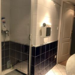 gite-la-parenthese-doree-salle-de-bain1